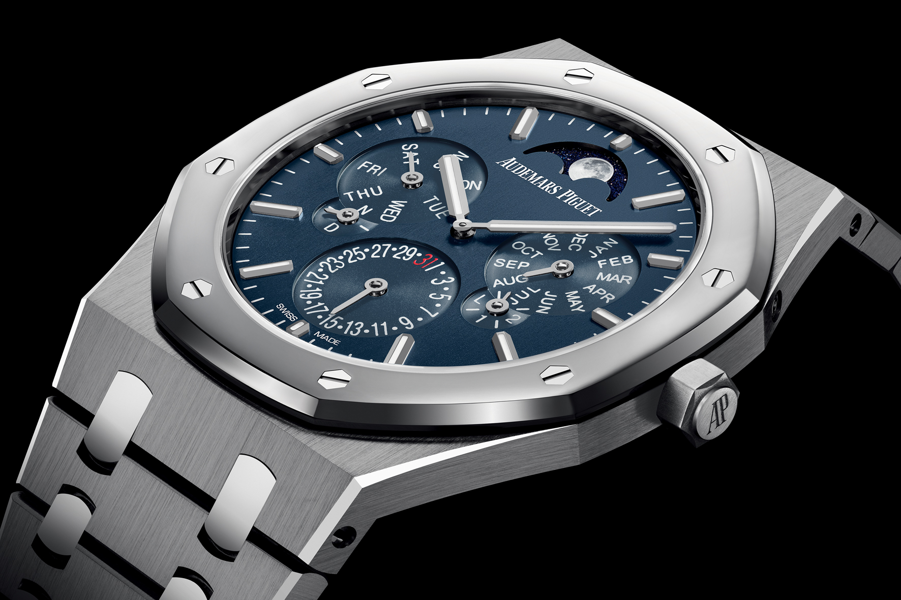 Audemars_Piguet_Royal_Oak_Perpetual_Calendar_Ultra_Thin