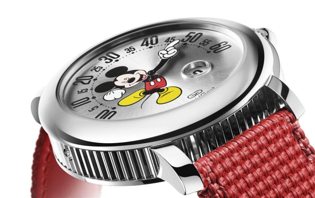 Gerald Genta Mickey Mouse Arena Retrograde per i Geneva Watch Days 2021